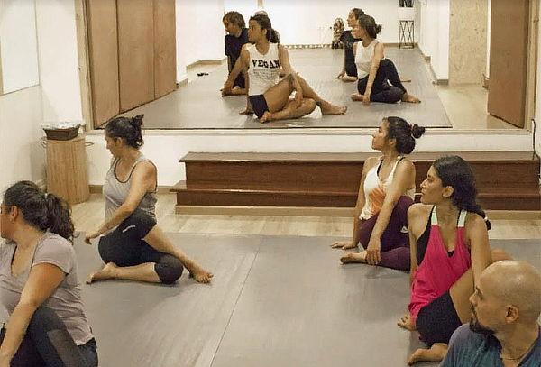 1, 3 o 6 meses de clases de Yoga 1 o 2 veces a la Semana