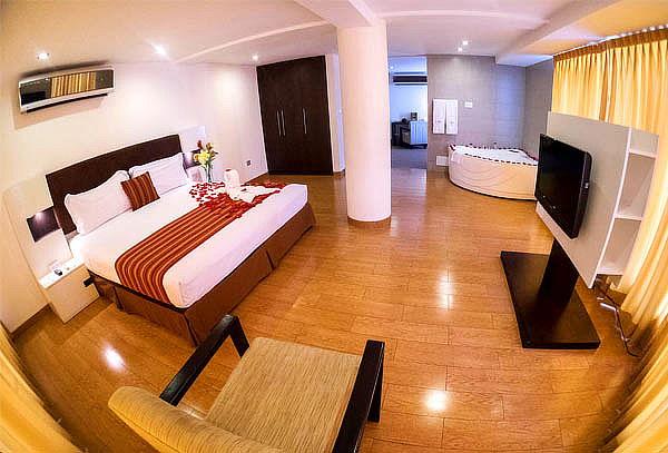 Noche Romántica para 2 en Allpa Hotel & Suites