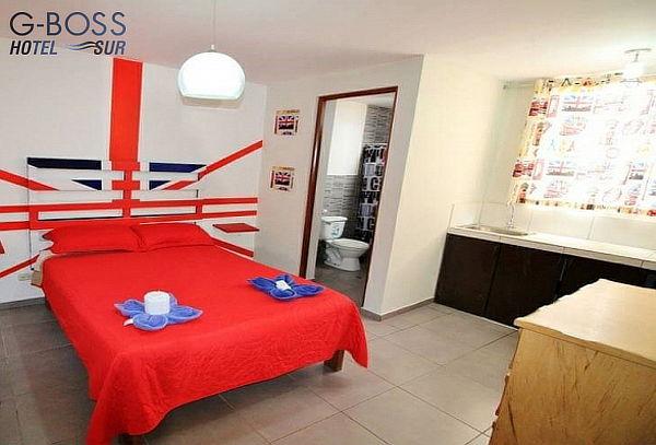 Paga S/ 94 00 en vez de S/ 200 00 por Noche + Piscina y más para 02  Personas en Hotel G-Boss Sur de Playa Pulpos
