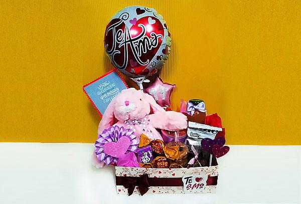 ¡Detalles que Enamoran! Box Personalizado para Enamorados