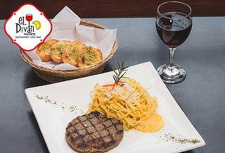 Lasagna ó Spaguetti Huancaina + Pan al ajo + Vino