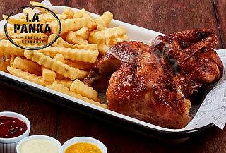 1 Pollo entero a la brasa + Papas + Ensalada