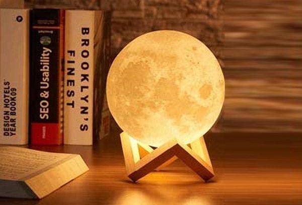 ¡Decora tus Espacios! Lampara Luna 3D Led Recargable