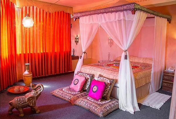 ¡Noche Romantica! 2D/1N para 2 en Suite y Más - Park Suites