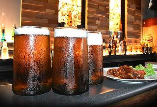 3 Jarras de Cerveza + Piqueo + Entradas Gratis - Oba Oba Bar