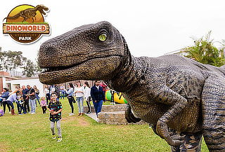 ¡Full Diversión! Full Day en Dinoworld + All You Can Eat
