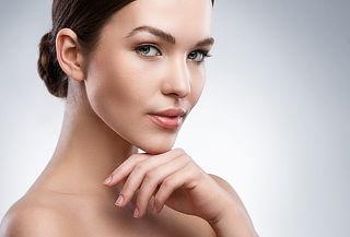 ¡Luce un Rostro Perfecto! Lifting Facial Completo con Plasma + Punta de Diamante y Más