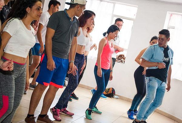 ¡Baila sin salir de casa! 01 Mes de Clases de Baile Online
