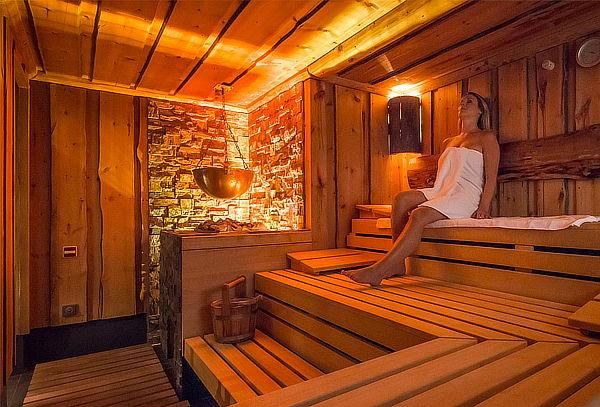 ¡Día de Spa! Sauna Seca o Húmeda + Ducha Española y Más