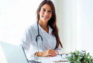 Riesgo Quirúrgico + Electrocardiograma + Laboratorio