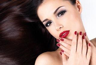 Uñas acrílicas +  Facial de Velo de Colágeno