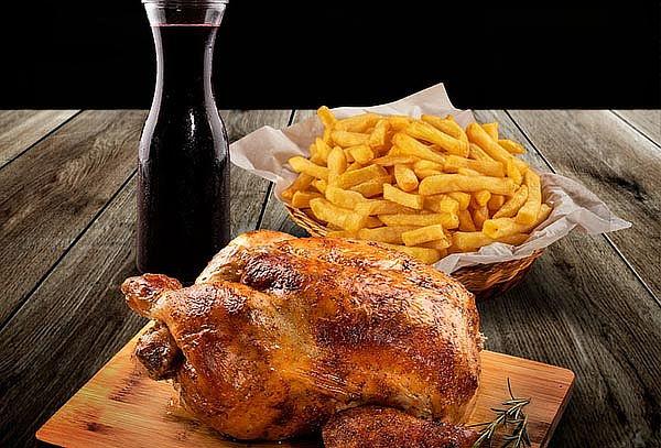 1 Pollo a la leña+Papas Fritas+Bebida. Para Salón ó Llevar